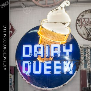 Dairy Queen lighted sign