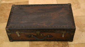 Leather Suitcase - NWMC651