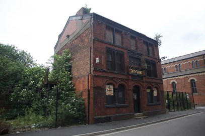Smiths Arms Pub