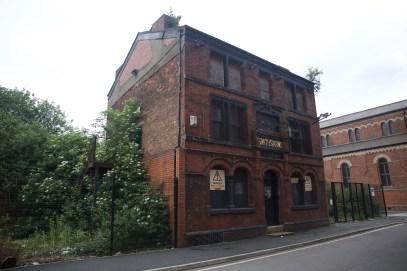 Smiths Arms Pub