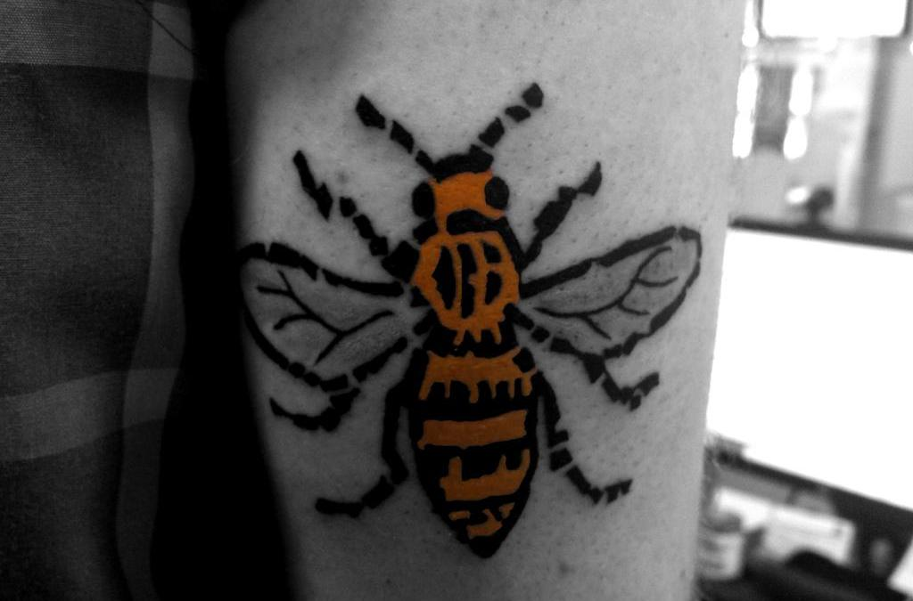 The Origin of the Manchester Bee Design