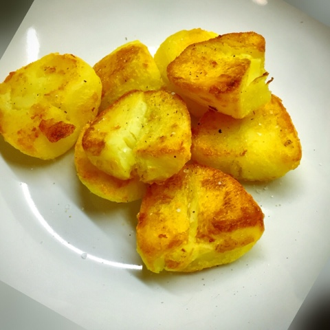Simply Roast Potatoes (With Chilli)