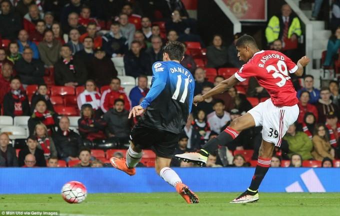 Man Utd via Getty Images Rash shoot
