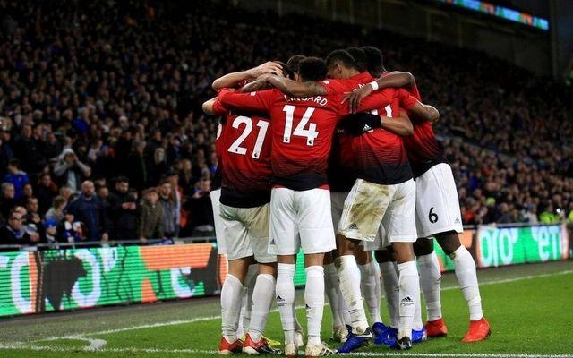 United-celebrating-during-Solskjaer-debut-win-640x400