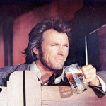 Clint Eastwood è ambidestro