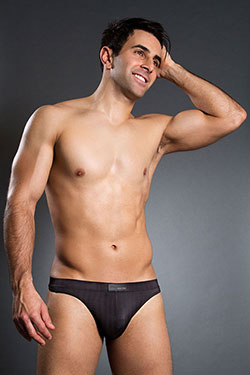 HOM Temptation Innocent String Black