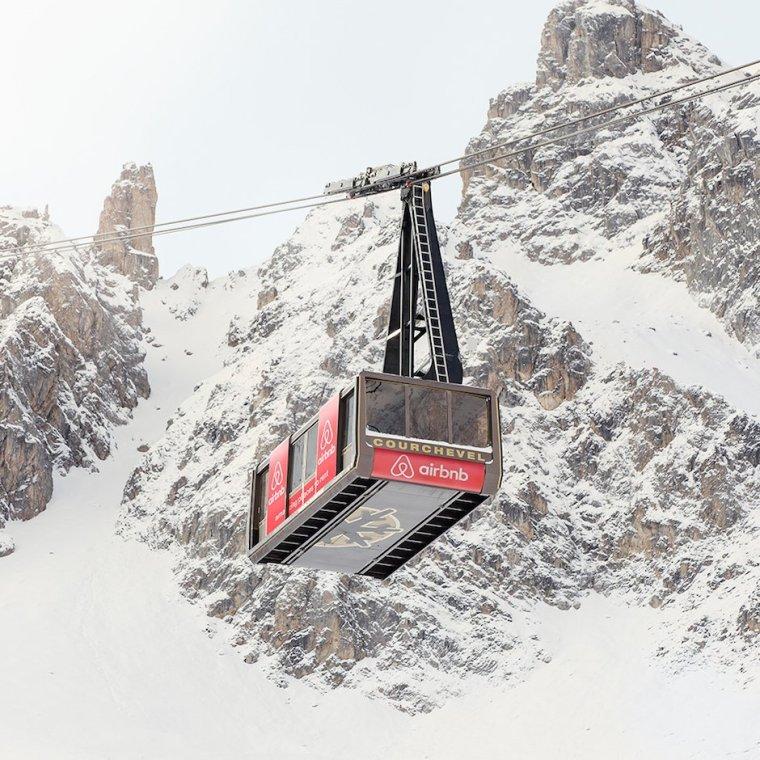 Courchevel Airbnb Seilbahn Hotel Wohnung Gipfel Berg Schnee Exklusiv Luxus Außergewöhnlich Einmalig Bed and Breakfast