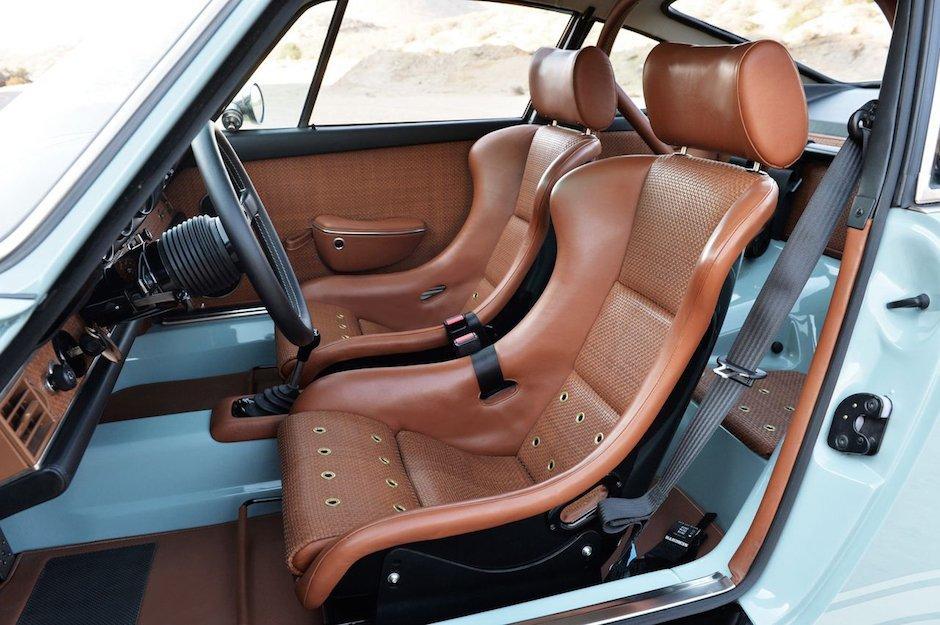 singer-911-racing-blue-01