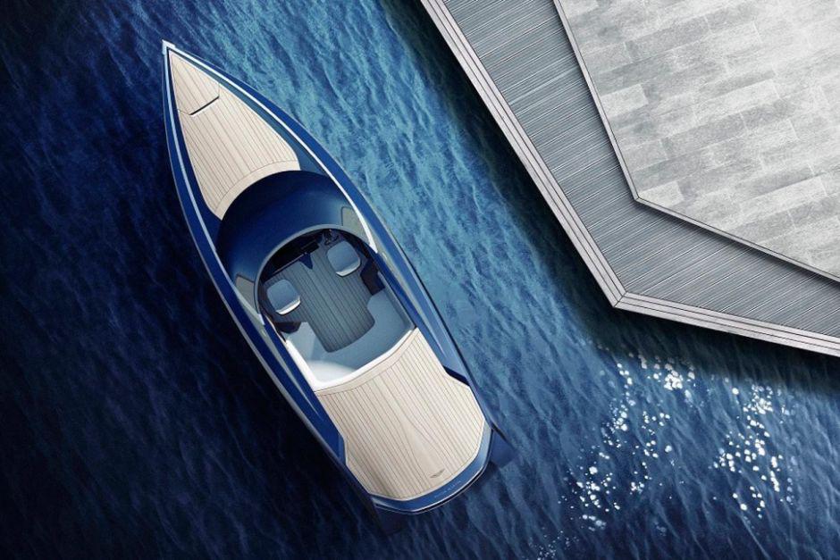 Aston Martin Yacht AM37 Top von oben Wasser Konzept Holz Carbon Elegant Luxus Millionär Speedboat Schnell