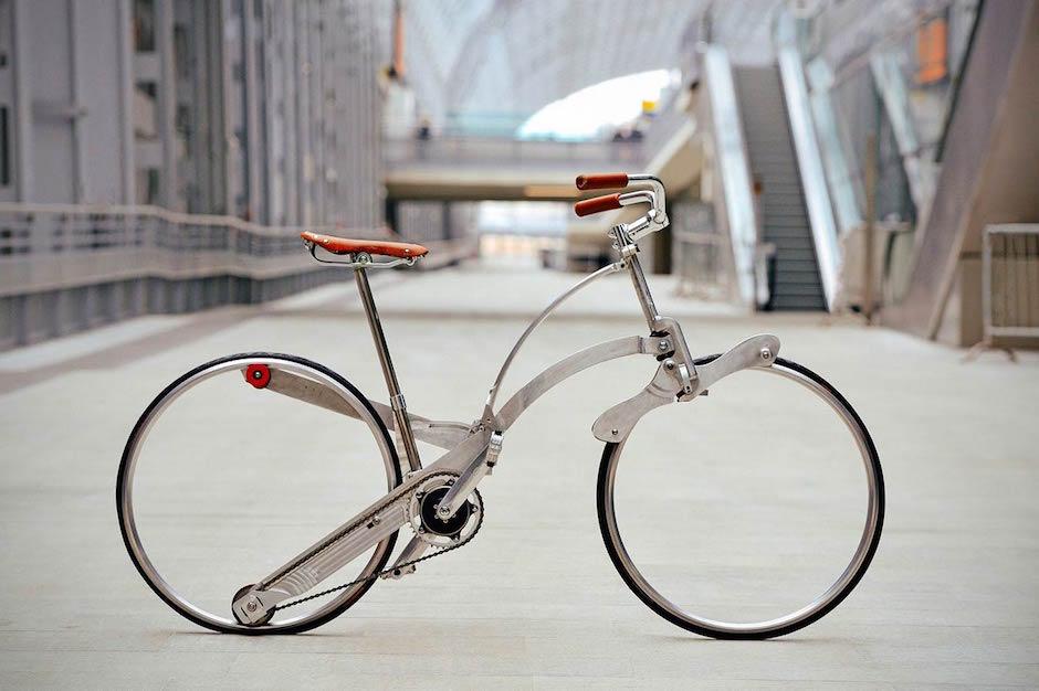 Sada Bike Futuristisch Fahrrad ohne Speichen alternativer Antrieb Retro 60er Italien