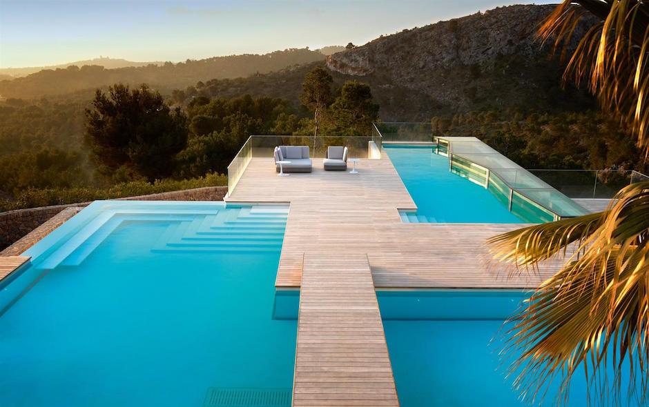 Chameleon-Villa-Son-Vida-Pools