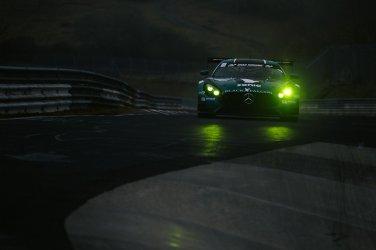 Black Falcon Mercedes-AMG GT3 Nordschleife Nürburgring Einstellungsfahrten VLN Einstellfahrten Racing Rennstrecke Scheinwerfer Nacht