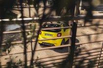 smart brabus fortwo cabrio 453 atomic yellow heck bremslichter auspuffanlage endrohre gitter streben schatten