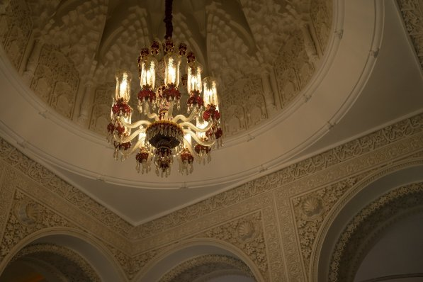 Es Saadi Palace Garden Resorts 1001 Nights Villa Decke Kronleuchter Ornamente Verzierungen