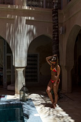 Riad AnaYela Marrakesch Marrakech Boutique Hotel Medina Diana Patio Schatten Bikini Pool Lichter