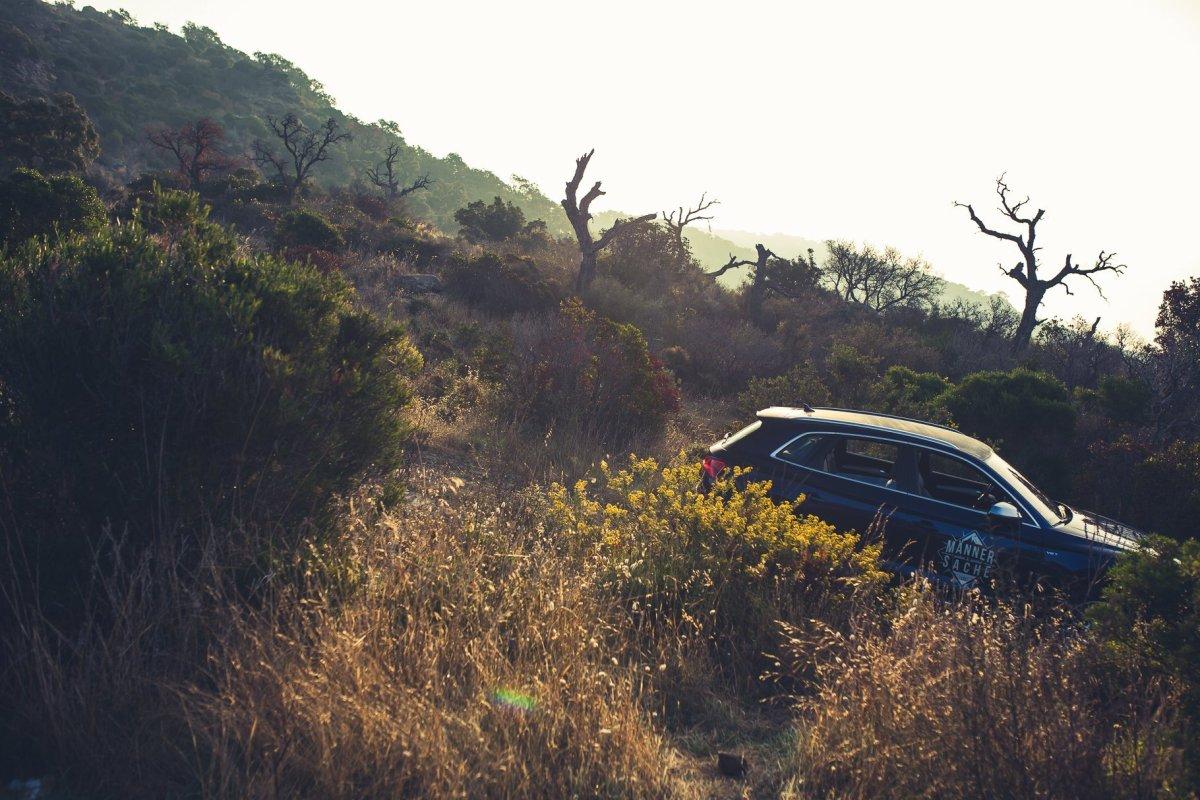 Audi SQ5 offroad in der Natur
