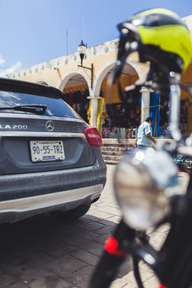 Mercedes-Benz GLA200 in Izamal