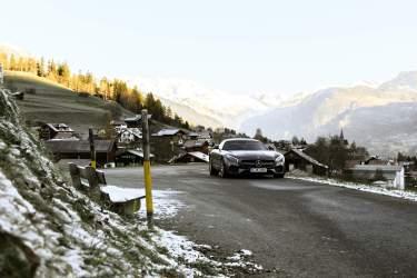 Schild Berggipfel Auto Coupe Parken Strasse