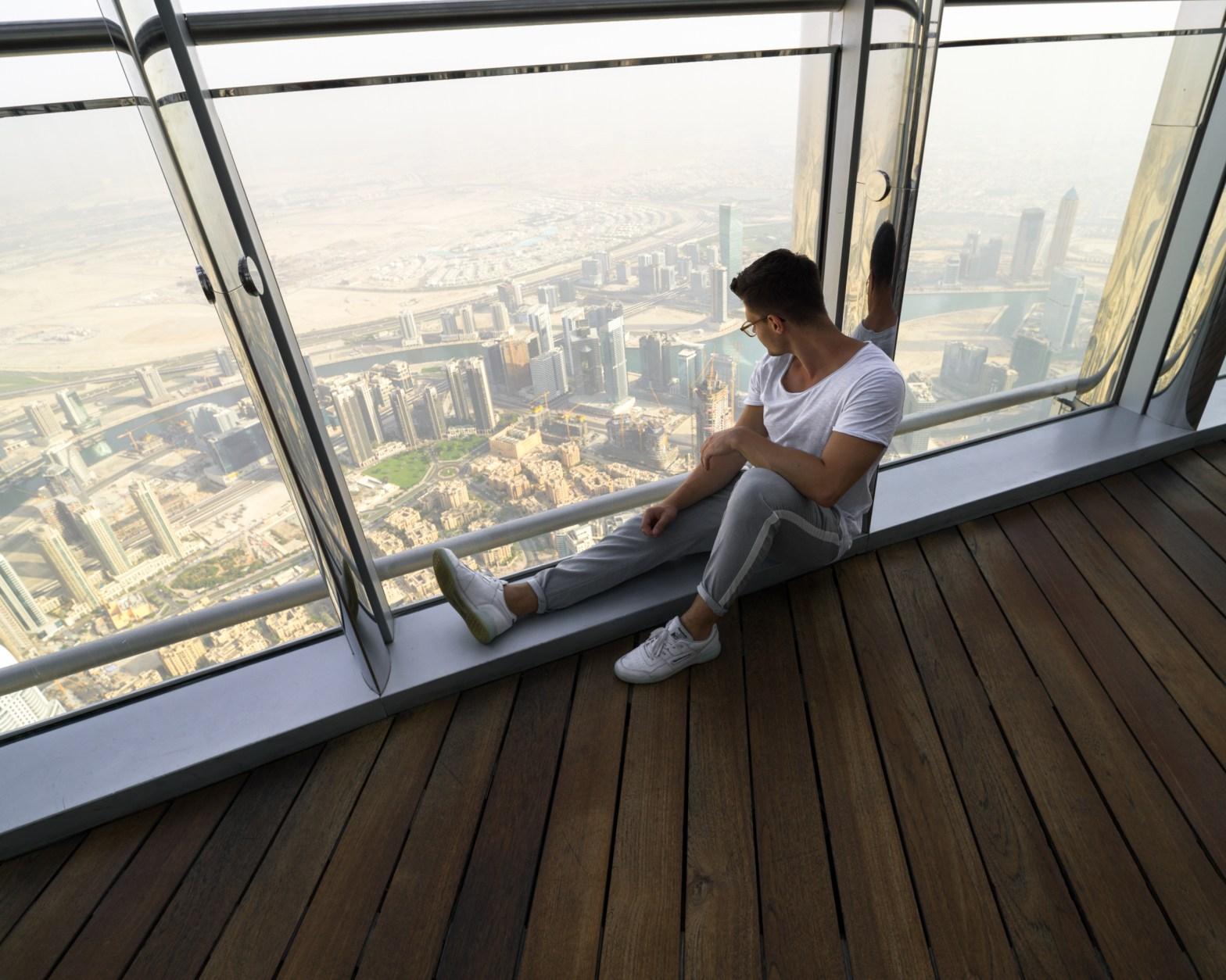 Burj Khalifa At The Top SKY Plattform Panorama Dubai