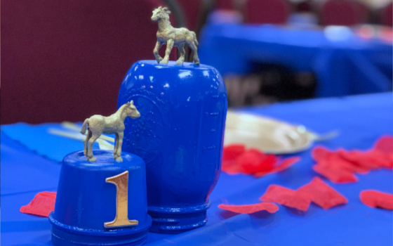 Blue and Gold Derby Themed Table Decor