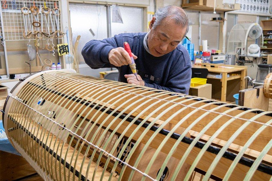 Japanese lanterns - artisan at work