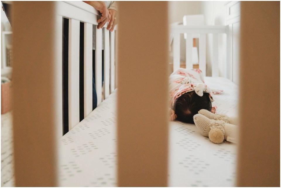 lifestyle-newborn-at-home_0012.jpg