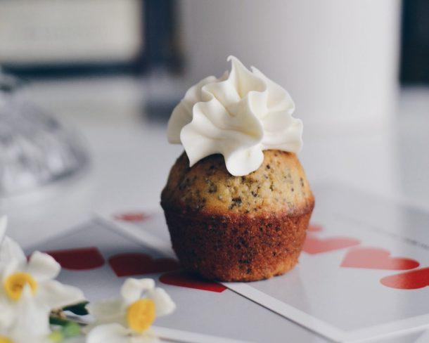 Lemon & poppy seeds cake