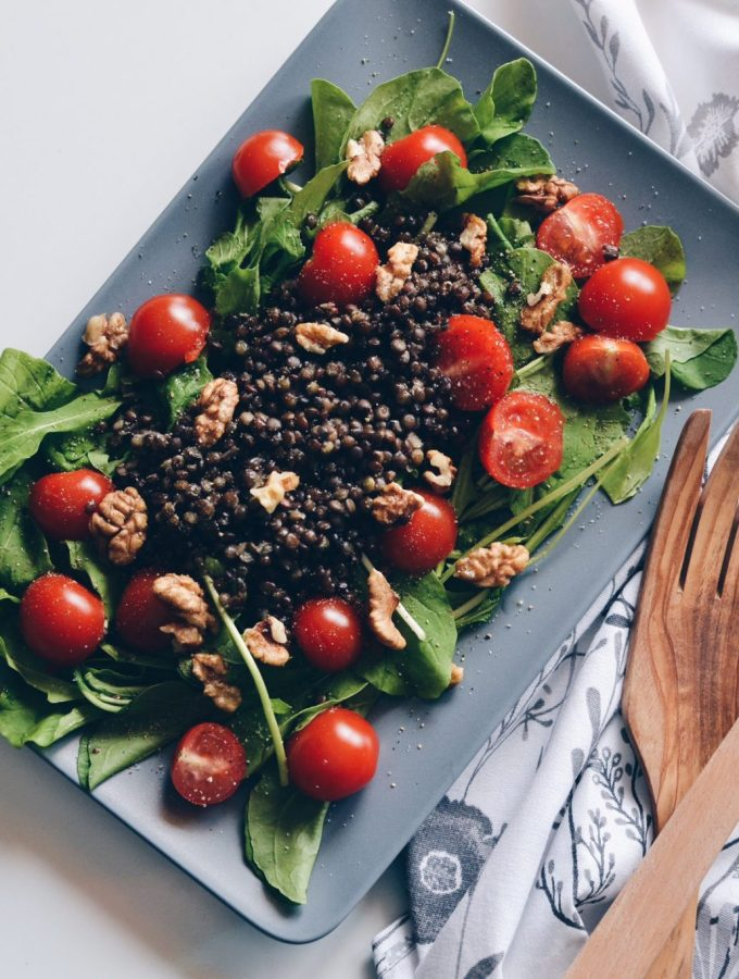 Arugula and lentils salad