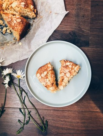 Coconut & almond cake