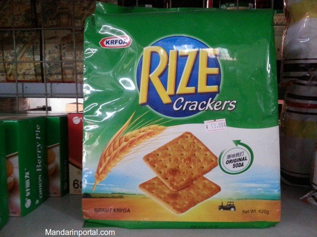 Fake Kraft Green Crackers
