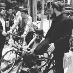 De bicicleta para a posse