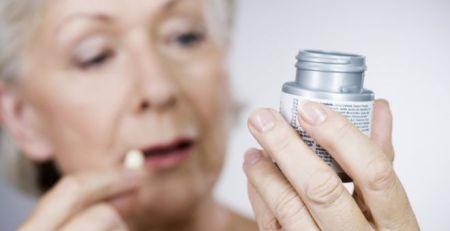 Aspirin 'safe' for brain-bleed strokes - The Mandatory Training UK -