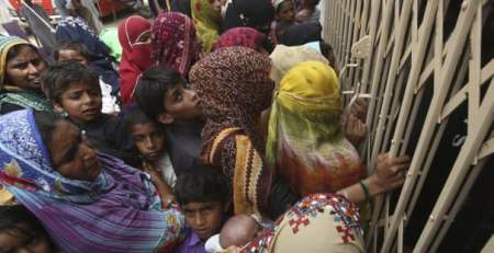 Pakistan doctor held after 400 children diagnosed with HIV - MTG UK -