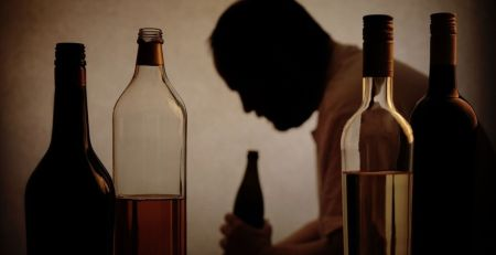 Suicide, drug abuse and alcoholism linked to more middle-aged deaths than heart disease - The Mandatory Training Group UK -