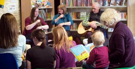 Closing libraries puts vulnerable new mothers out in the cold - MTG UK