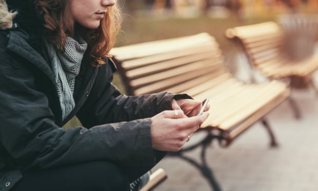 UK teenagers turn to mobile apps to help with mental ill health - The Mandatory Training Group UK -