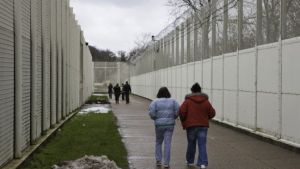Pregnant prisoner numbers revealed after baby death - The Mandatory Training Group UK -