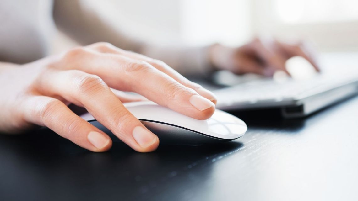 Paedophiles could be tracked down from pictures of their hands - The Mandatory Training Group UK -