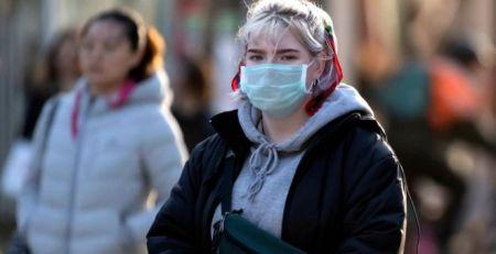 Coronavirus in Wales: 'Make face masks mandatory for NHS visitors'