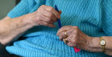 Care home visitors who test negative 'can hug loved ones by Christmas' - The Mandatory Training Group UK -