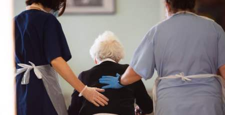 Covid - Oxford vaccine shows 'encouraging' immune response in older adults