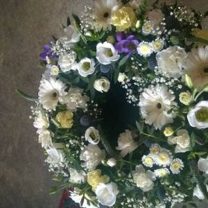 Loose Funeral Wreath