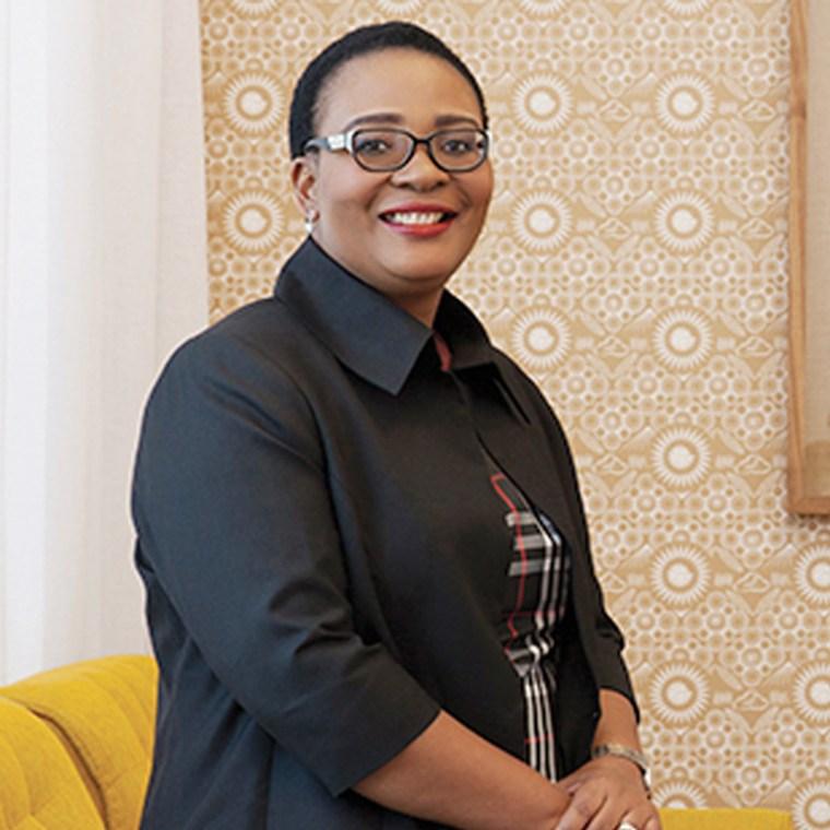 Dr Mandisa Maholwana