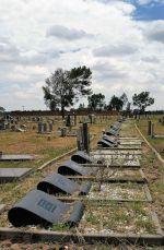Sharpeville graves