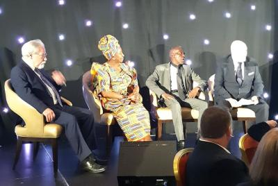 Brian Filling, Marah Louw, Golden Neswisi and David Pratt share memories of Mandela at the Gala Dinner.