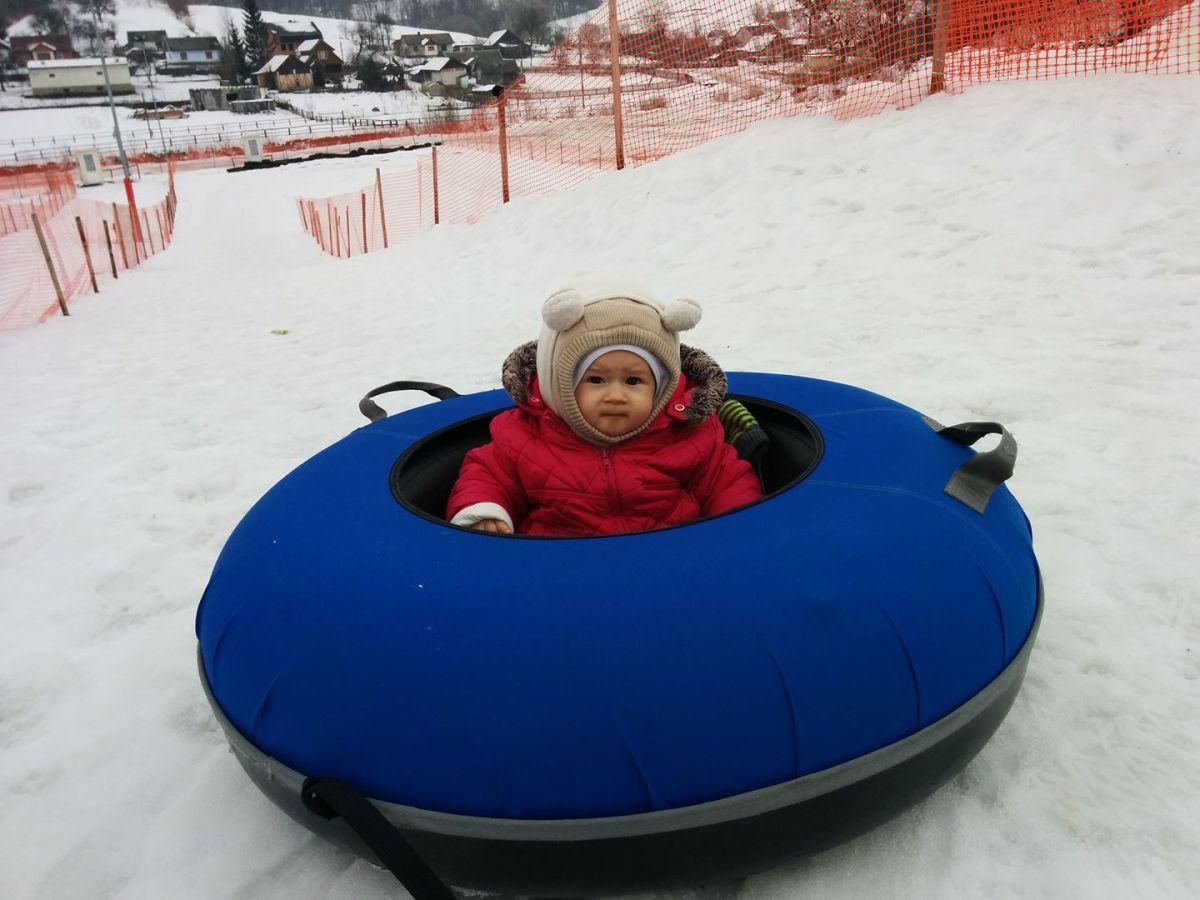 Зимові розваги з малюком