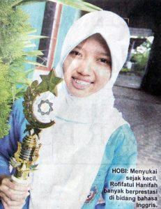 Rofifatul Hanifah, Juara III Jatim English Competition UIN Sunan Ampel Surabaya