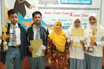 Juara Lomba Debat Ekonom Syariah
