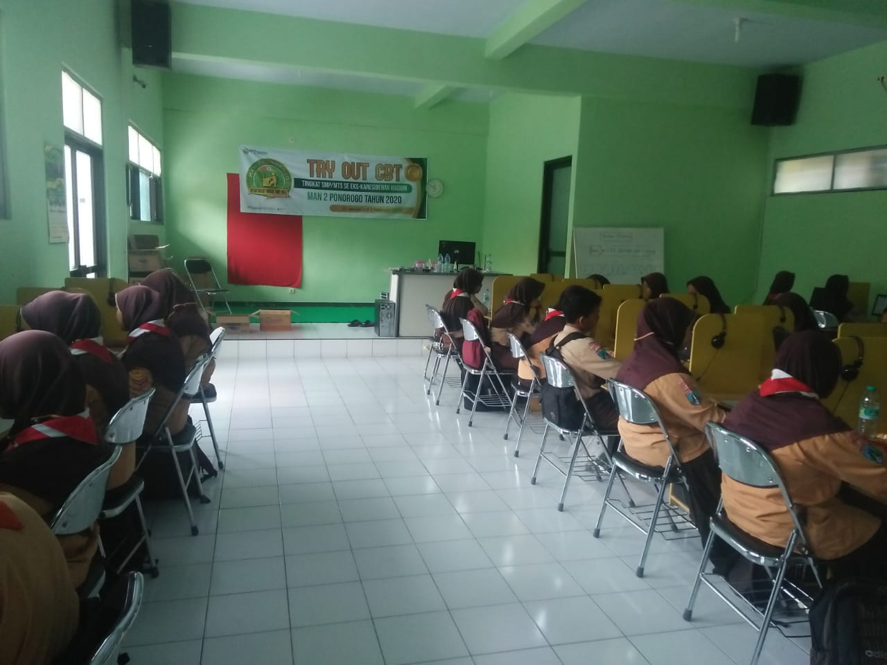 Serba-Serbi Try Out CBT Tingkat SMP/MTs 2020