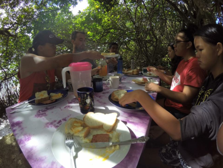 Breakfast at Vila's place with the Malolo family after the 5km swim/kayak to Mounu Island